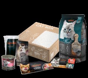LEONARDO® Adult Fish Cat Box