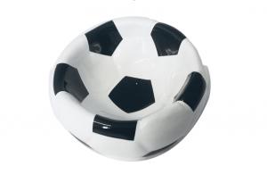 Karlie Napf Fußball